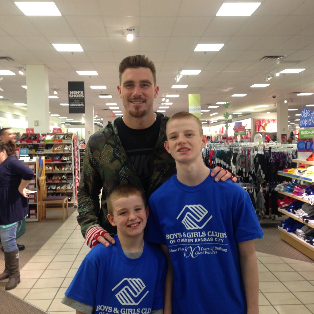 Hometown hero, Travis Kelce, of the Kansas City Chiefs teams up with the Boys & Girls Club of Greater Kansas City.